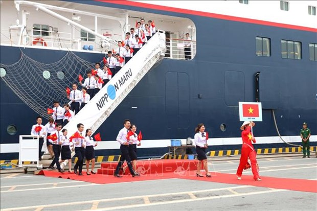 Ship for Southeast Asian Youth Program arrives in Vietnam