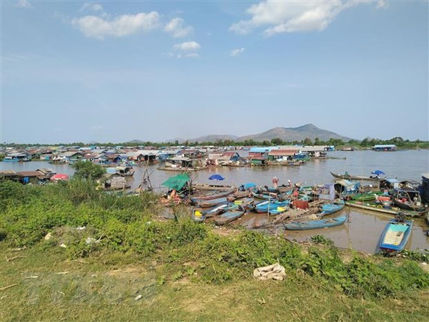 Vietnam assists relocated Vietnamese Cambodians at Tonle Sap: spokesperson