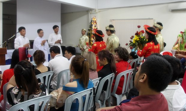 Vietnamese Christians in Malaysia welcome Christmas