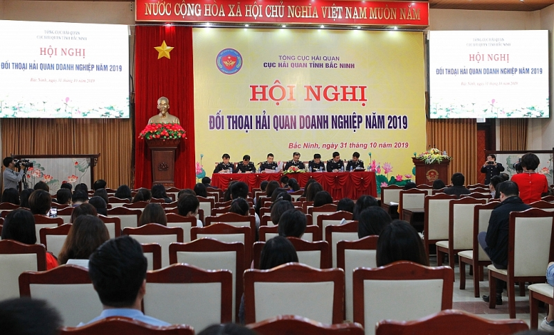 Over 4,000 enterprises carry out procedures at Bac Ninh Customs