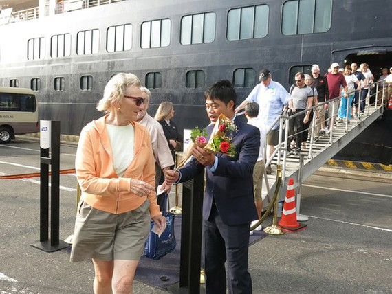 Da Nang welcomes first int'l cruise visitors of lunar New Year