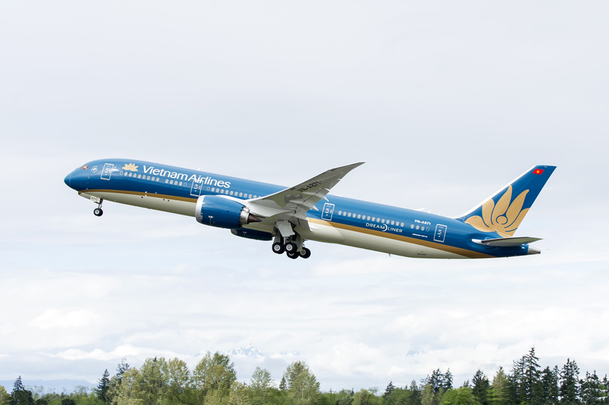 Vietnam Airlines adds 56 flights between Ho Chi Minh city and seven localities during Tet