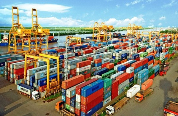 Customs contributes record to State budget