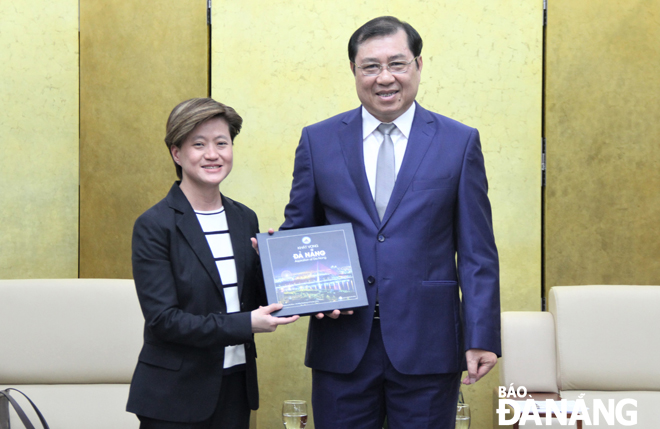 Da Nang increases cooperation with Singapore in diverse areas