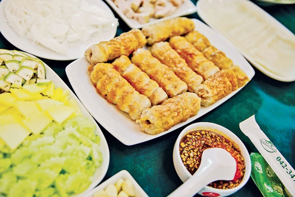 Grilled meat roll – Vietnamese specialty loved by Thai royal family and customers