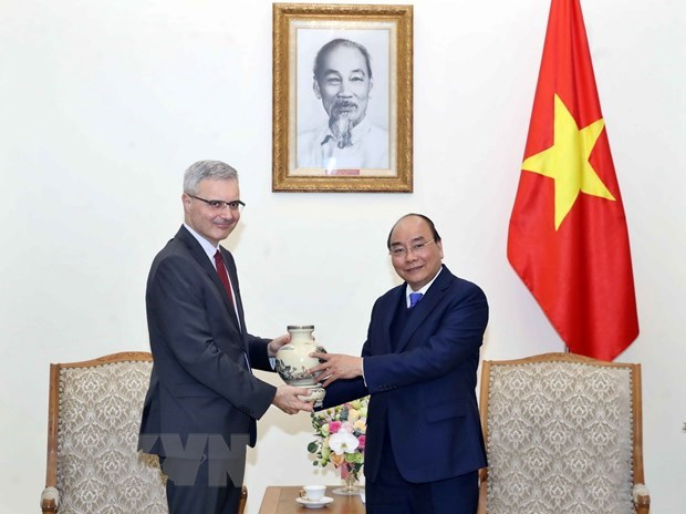 PM receives French Ambassador