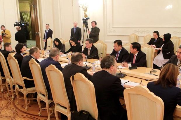 ASEAN Secretary General, Russian FM hold talks