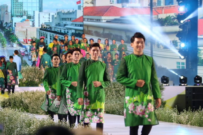 Ao dai Festival in HCMC rescheduled later depending on Covid-19 situation