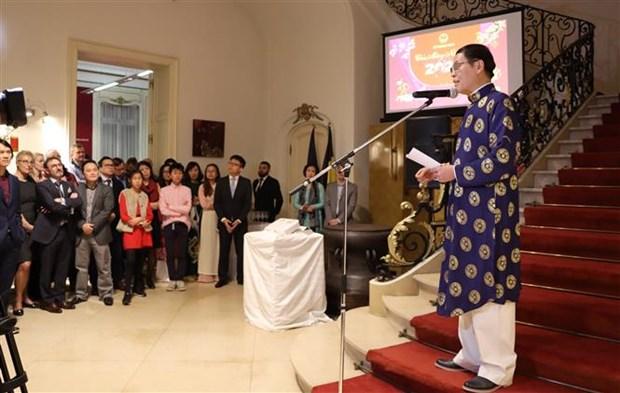 Vietnam promotes relations with EU and Belgium