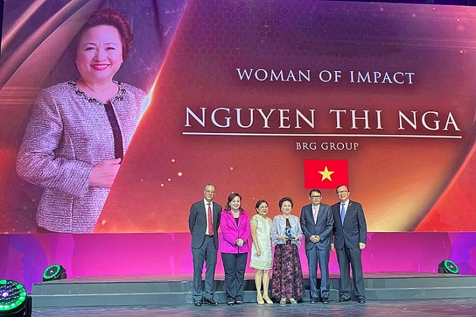 Vietnamese woman honored as most influential businesswoman in ASEAN