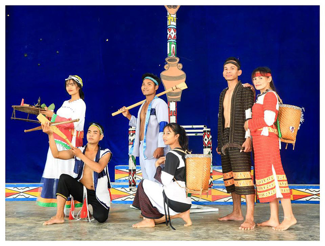 Preserving and promoting ethnic traditional costumes in Khanh Hoa province