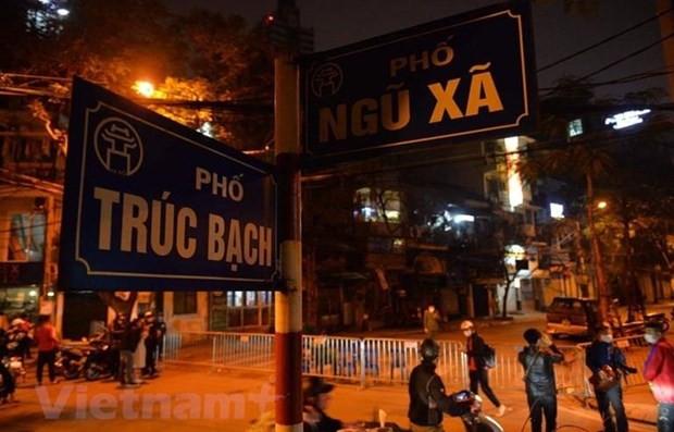 Urgent measures requested to contain spread of COVID-19 in Hanoi