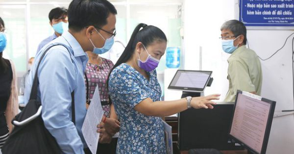 People in Ho Chi Minh City encouraged to use online public services