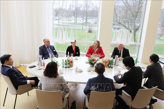 Vietnam boosts cooperation with Germany's Niedersachsen state