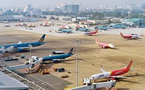 Domestic airlines reduce flight frequency