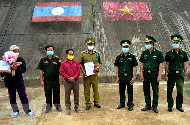 Lao patient handed over after medical treatment