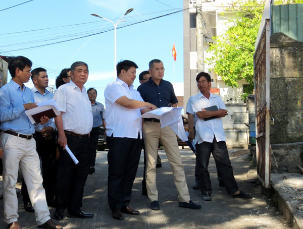 Tens of construction projects inaugurated to welcome southern province's Party Congress