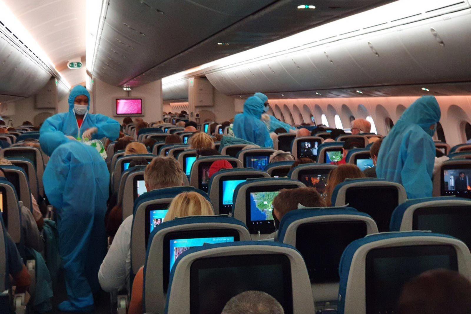 13 flights to bring overseas Vietnamese home