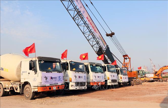 Quang Ninh starts to build Cua Luc No 1 Bridge