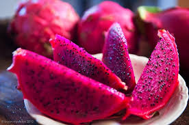 Vietnam's red dragon fruits favoured at Australian market