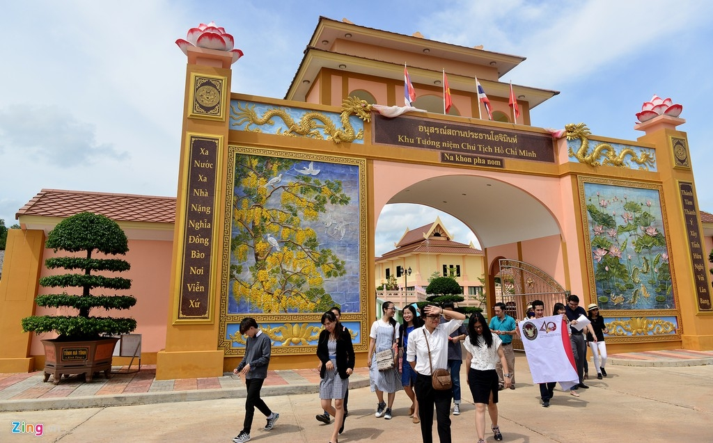 President Ho Chi Minh sites in Thailand welcome over 20,000 visitors