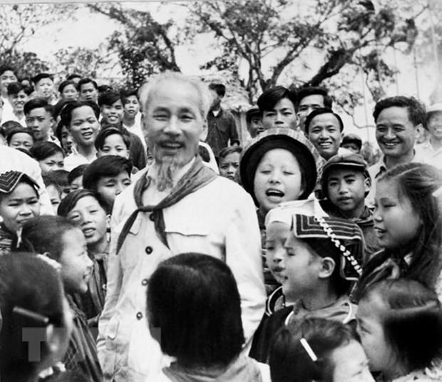 Venezuelan television screens film about President Ho Chi Minh