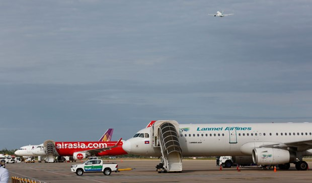 Airlines gradually resume flights to Cambodia