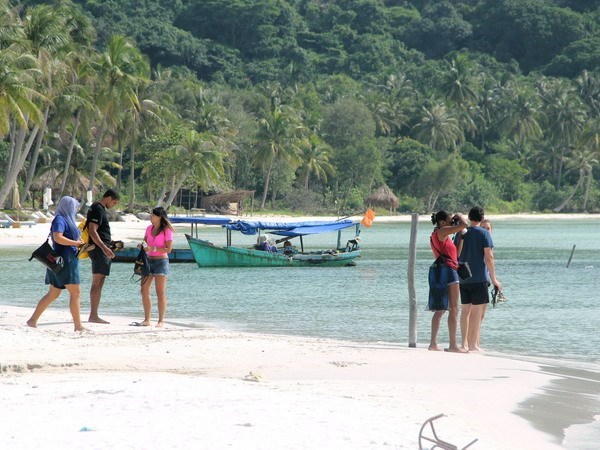 Kien Giang serves nearly 1.8 million tourists in four months