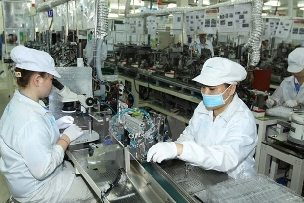 Vietnam records trade deficit in first half of May as exports drop