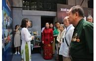 Exhibition reflects revolutionary history