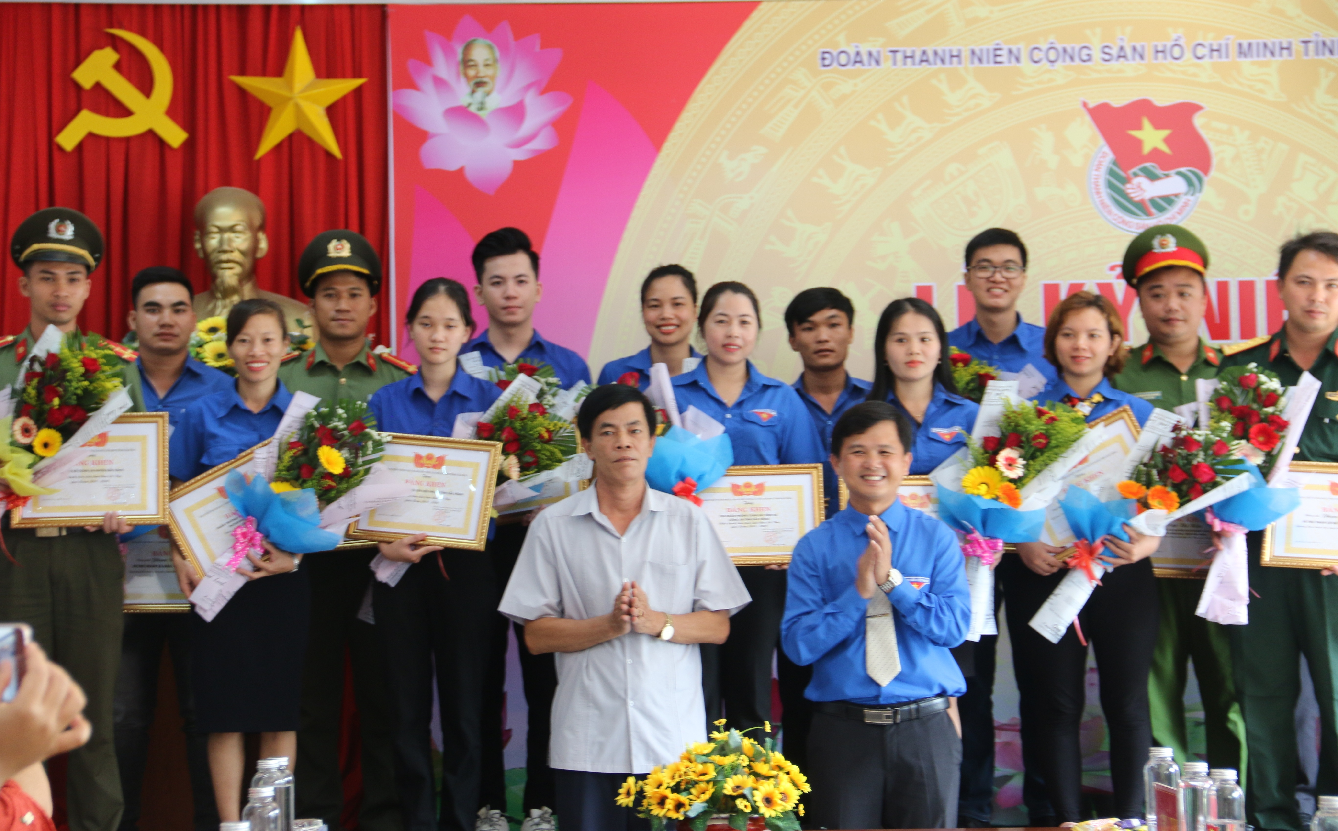 Dak Nong honors 29 collectives and individuals studying and following President Ho Chi Minh's example