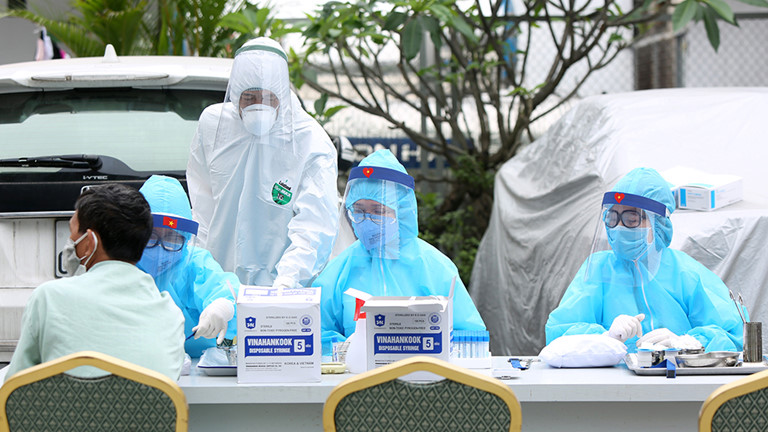 Vietnam reports one new imported COVID-19 case