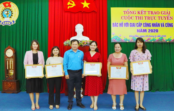 Hundreds of individuals awarded in contest about Uncle Ho