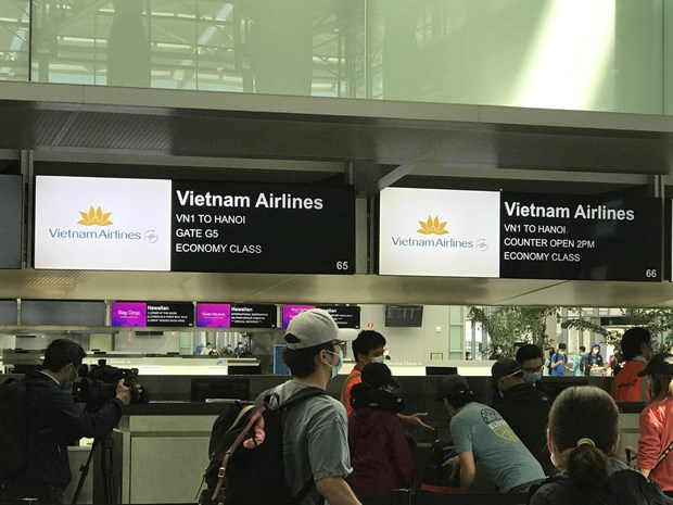 Over 340 Vietnamese citizens stuck in US brought home safely