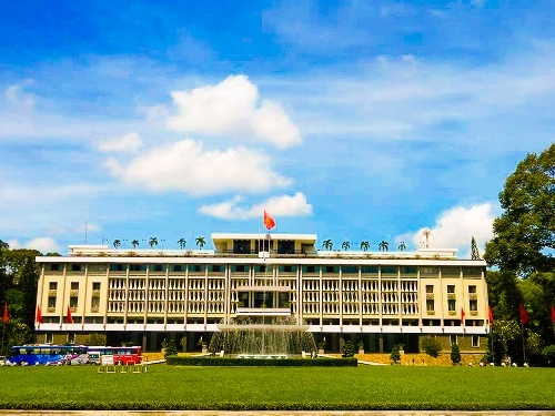 Ho Chi Minh city offers good deals to lure more domestic travelers