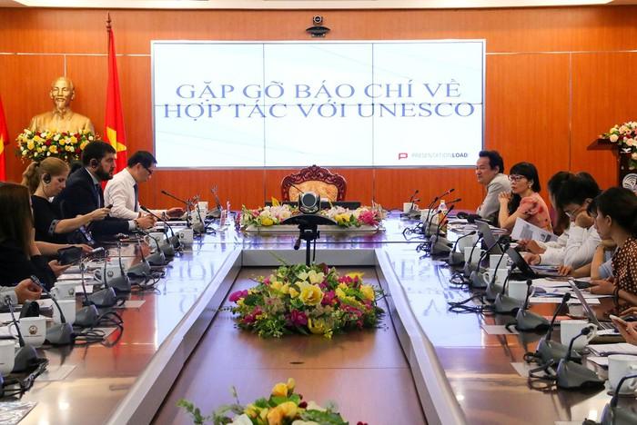 Vietnam, UNESCO increase cooperation in 2020