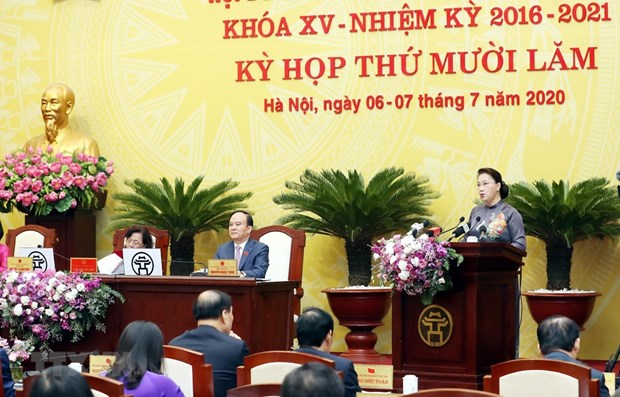 NA leader hails Hanoi's socio-economic development efforts