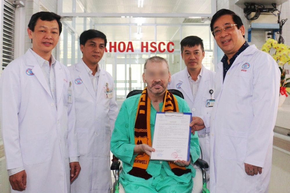 Patient 91 recovers, Vietnam praised by foreign media