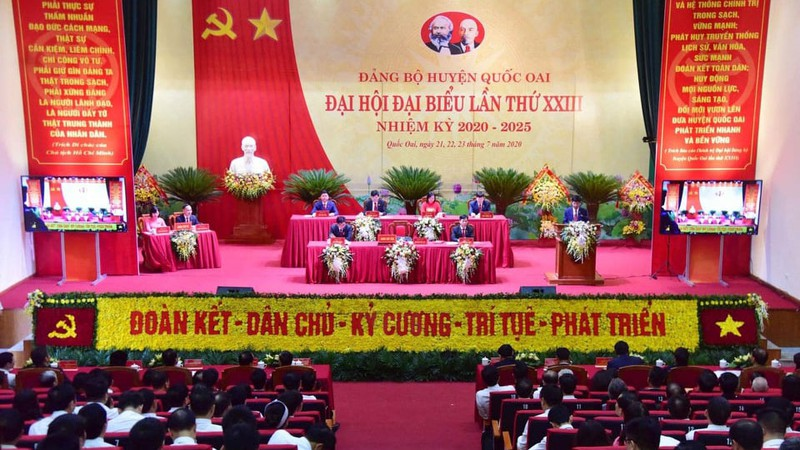 Hanoi Party Committee Secretary attends Quoc Oai district Party Congress