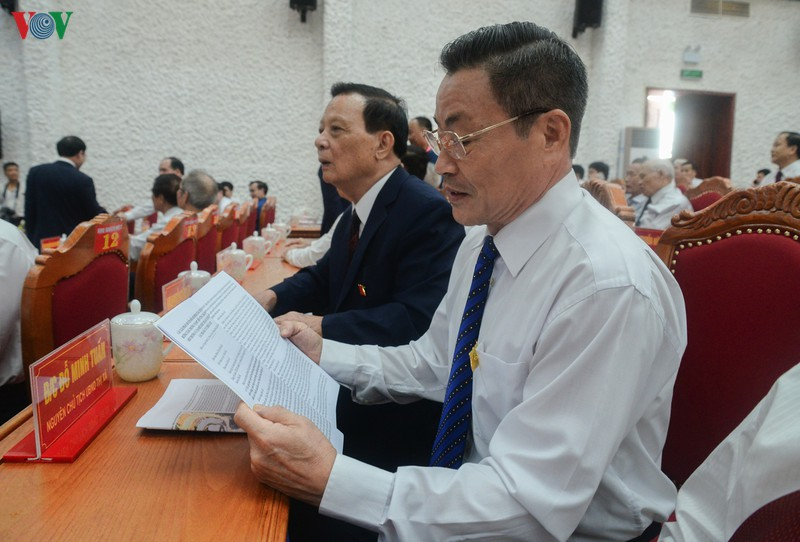Whole-hearted contributions made to 13th National Party Congress documents