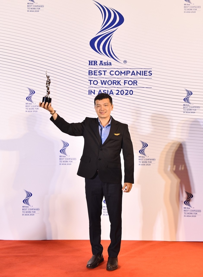 """Vietjet continues to win the """"Best Companies to Work for in Asia"""" award"""