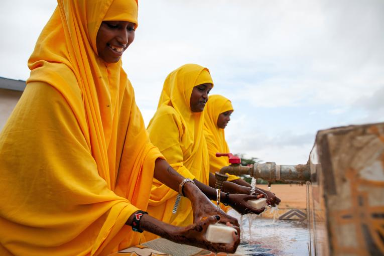 UNICEF and partners respond to the triple threat of floods, locusts and COVID-19 in Somalia