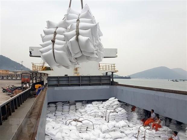 Vietnam may surpass Thailand in rice export