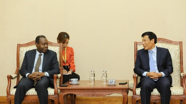 Strengthening cultural, sport and tourism cooperation between Vietnam and Angola