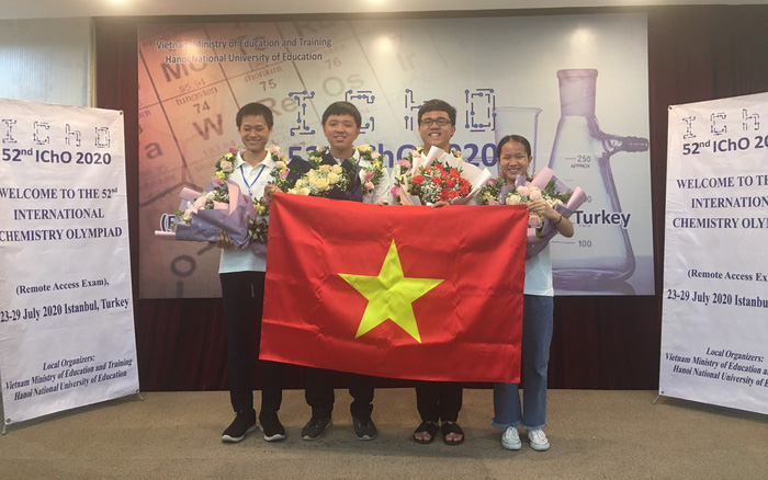 All four Vietnamese students won gold medals at 2020 International Chemistry Olympiad