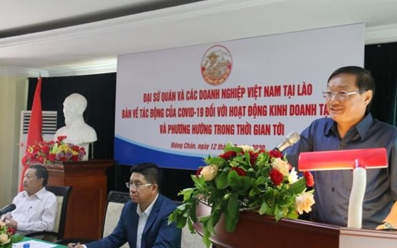 Vietnamese, Lao companies discuss to find development direction