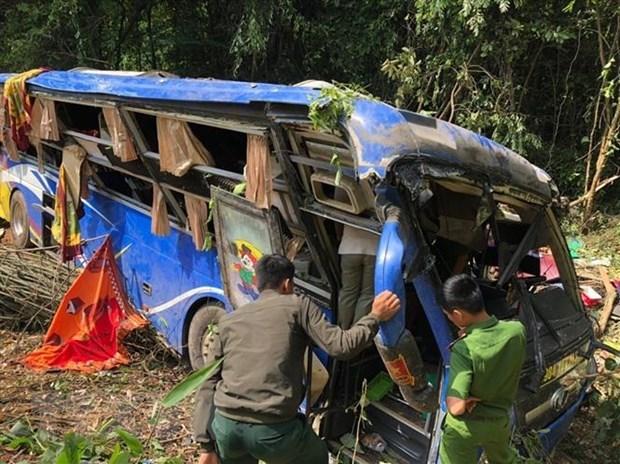Five dead in coach crash in Kon Tum
