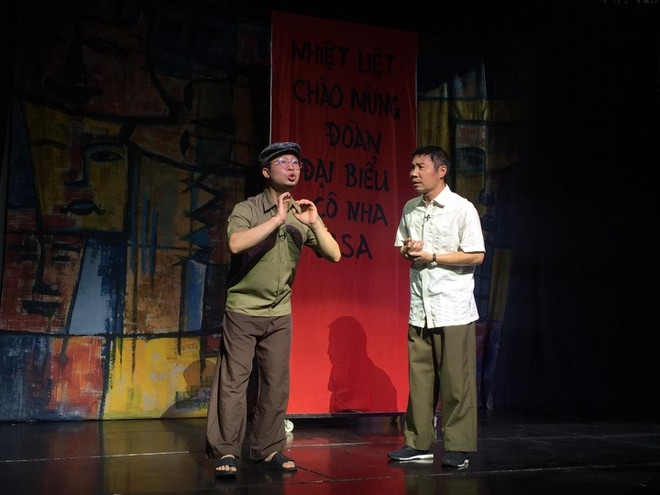 Quang Lac drama stage opens in Hanoi Old Quarter