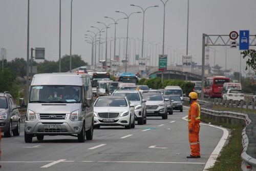 Section of Ho Chi Minh City - Long Thanh - Dau Giay expressway to be expanded to 8-10 lanes