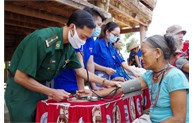 Young doctors follow Uncle Ho's teachings in Po Y border commune
